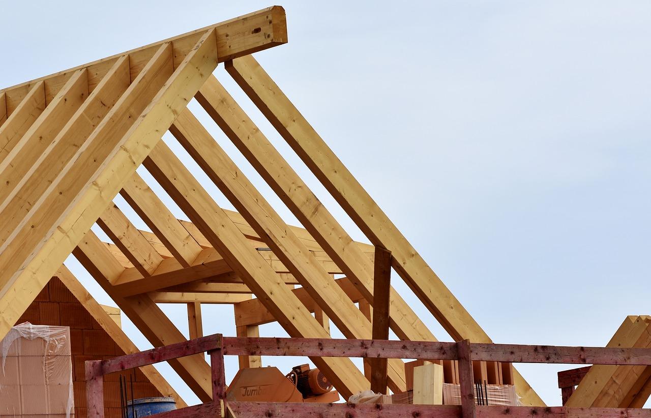 Gonty bitumiczne – nowe dachy o wyjątkowej estetyce