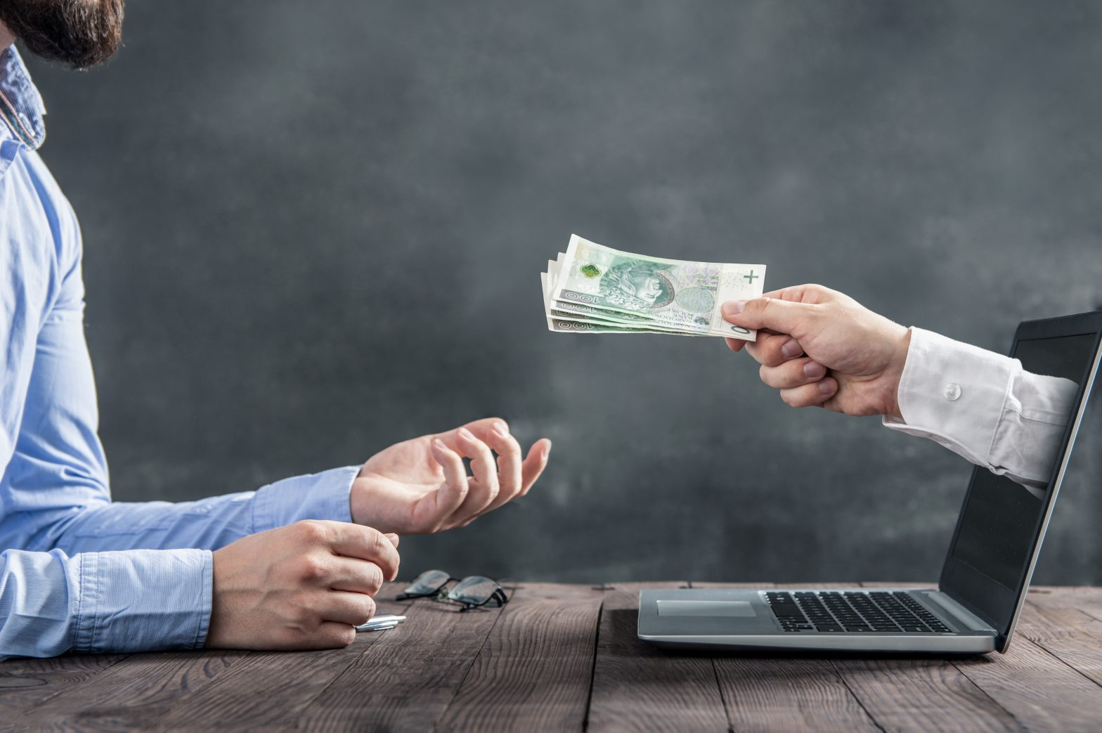 Bierzesz kredyt gotówkowy? Zadbaj o swoją zdolność kredytową
