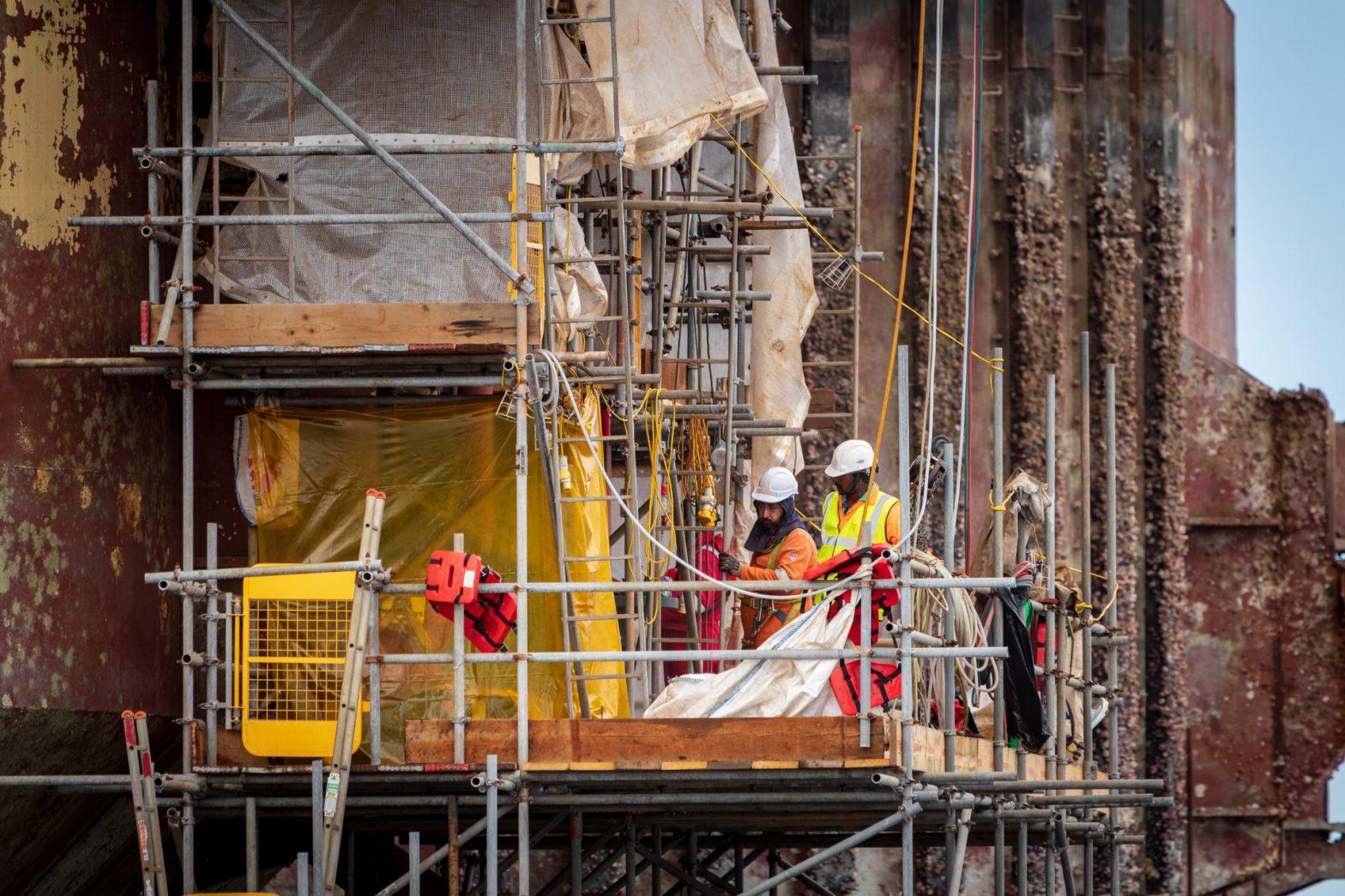 Jak wybrać odpowiednią firmę do budowy lub remontu domu?